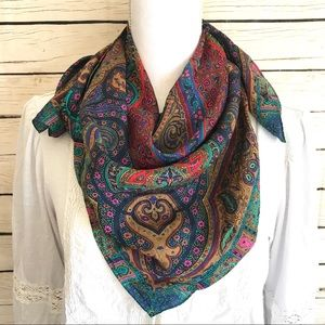 Accessories - 💸Gorgeous Paisley Printed Silk Scarf